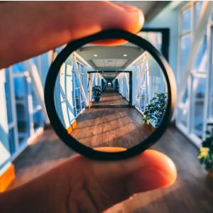 COLxx-Gordan-Through-the-Looking-Glass-300x300-Feature-Image.jpg